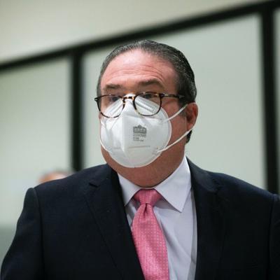 Justicia demanda a fabricante de guagua blindada y pide el dinero de vuelta
