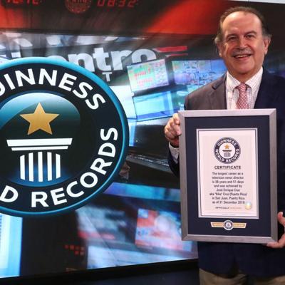 Emocionado Kike Cruz con su récord Guinness