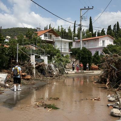Feroces tormentas causan inundaciones en Grecia