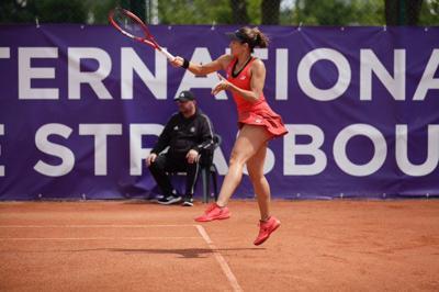 Mónica Puig avanza a los cuartos de final del Abierto de Estrasburgo