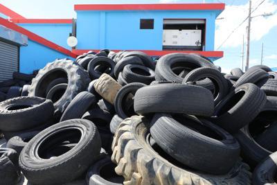 Declara emergencia ambiental por exceso de neumáticos usados
