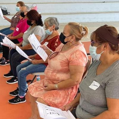 El municipio de Morovis destaca la alta participación en programa educativo para mujeres mayores de 50 años
