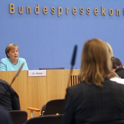 Los alemanes están divididos sobre poner restricciones a los no vacunados