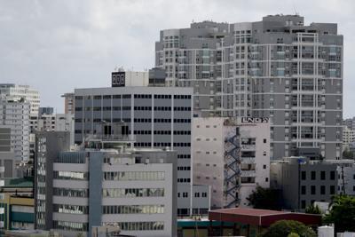 Vigilantes en los complejos de vivienda