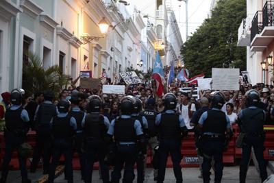 manifestacion en la fortaleza