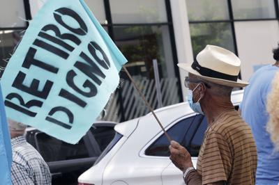 Se manifiestan en contra del plan de ajuste de la deuda