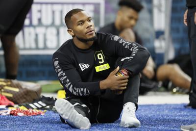 Prospectos se preparan para draft de NFL en casa
