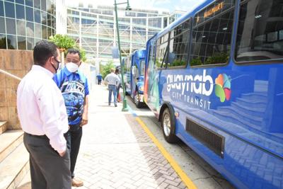 Guaynabo reanuda servicio de transporte colectivo