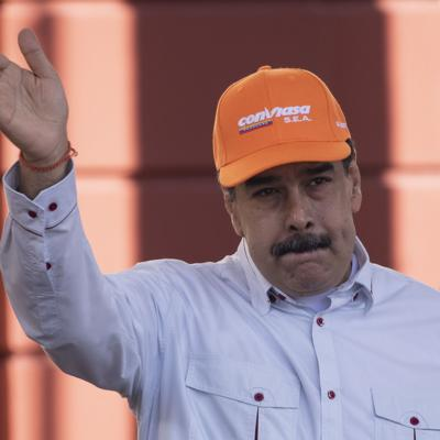 Venezuela extiende su cuarentena un mes más