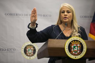 Wanda Vázquez firmará ley a favor de las peleas de gallos