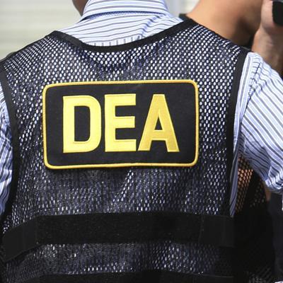 Acusan a exagente puertorriqueño de DEA por trabajar con cartel