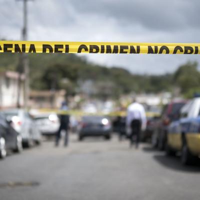 Allanan casa de padrastro de niña que recibió disparo en Morovis