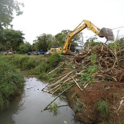 Unen fuerzas para mitigar inundaciones