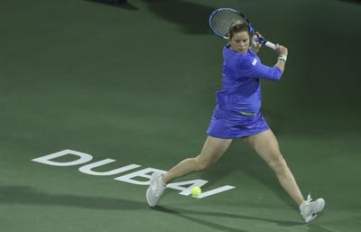 Clijsters vuelve al tenis pero cae ante Muguruza