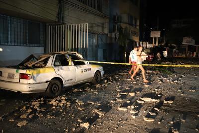 El sismo de 7.1 en México deja al menos un muerto y enigmáticos destellos azules en el cielo