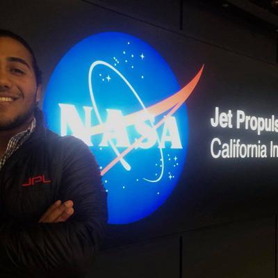 Estudiantes realizan internado en el NASA Jet Propulsion Laboratory