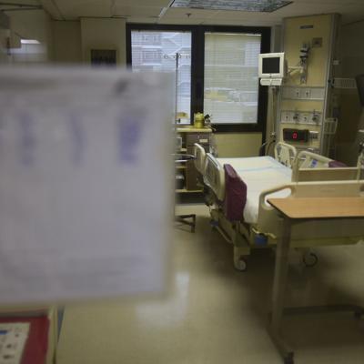 En 582 la cifra de hospitalizados por Covid-19