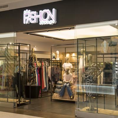 Abren nuevas tiendas en Plaza Las Américas
