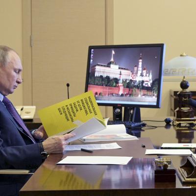 Estados Unidos expulsa a 10 diplomáticos de Rusia