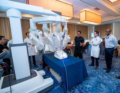 El Centro Comprensivo de Cáncer y el Hospital Damas de Ponce adquieren el robot da Vinci Xi, que asistirá en varias cirugías
