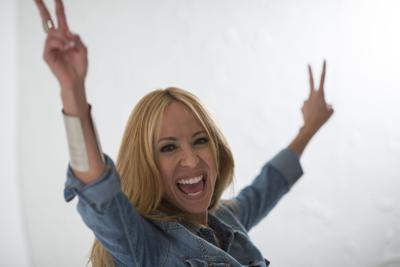 Alexandra Fuentes se integra a comedia dominicana