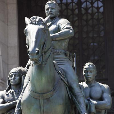 Nueva York retirará una polémica estatua de Theodore Roosevelt