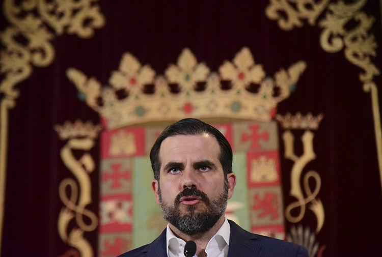 Rosselló destituye a secretario de Hacienda