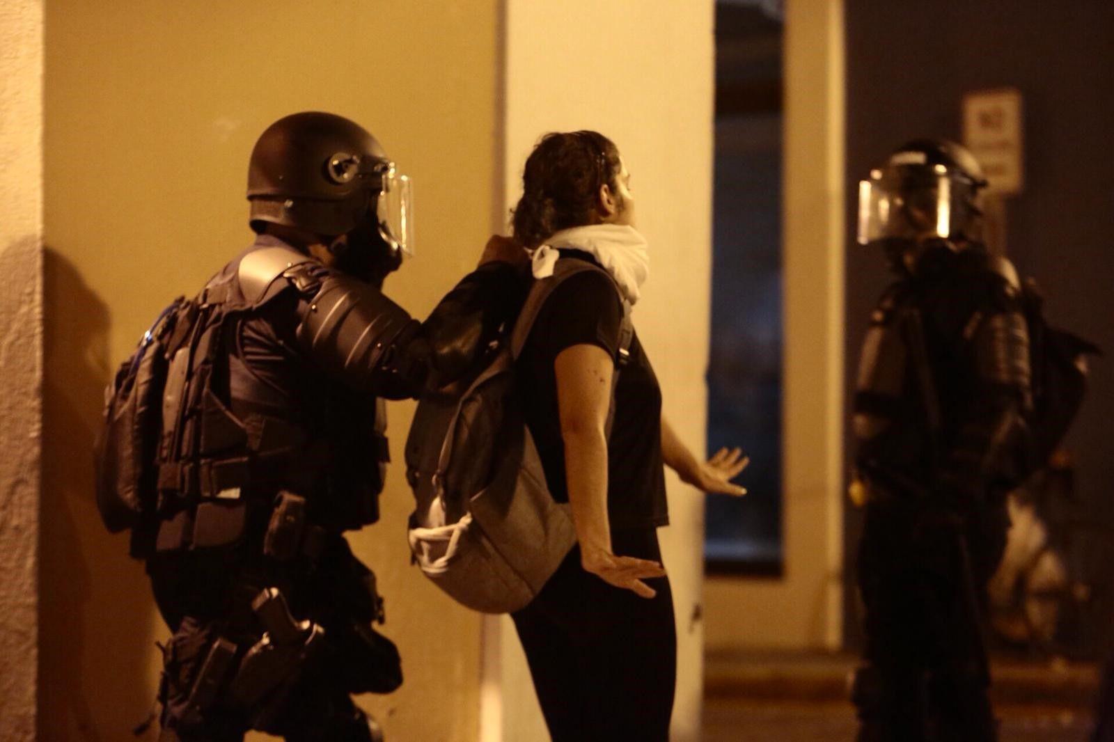 """ACLU denuncia """"policías infiltrados"""""""