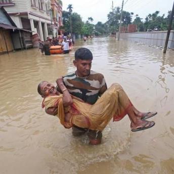 India: Mueren siete personas al derrumbarse un edificio