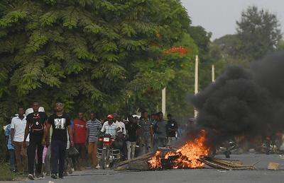 La violencia en Haití ensombrece oficios en memoria del presidente asesinado, Jovenel Moïse