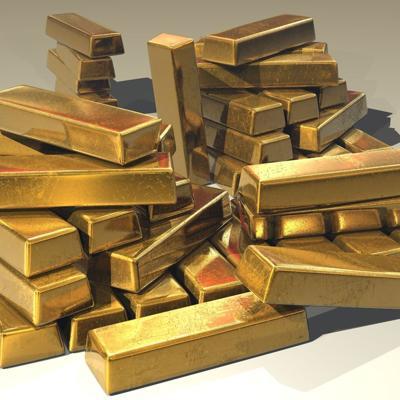 Niños encuentran oro mientras jugaban en su casa