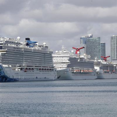 Canadá prorroga prohibición a cruceros
