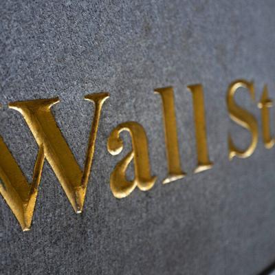 Wall Street sube ante buenas noticias de empresas médicas