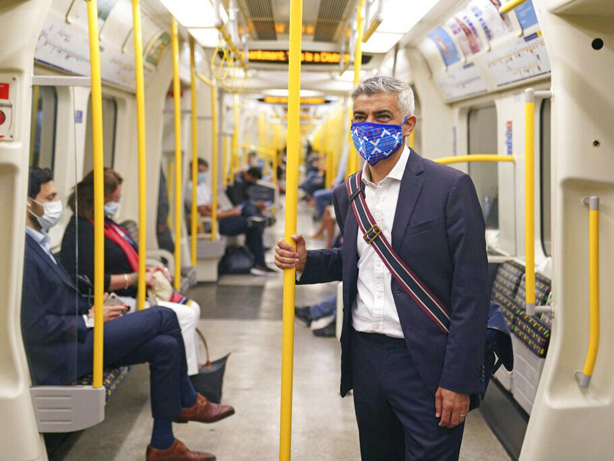 Londres pide mantener la mascarilla en el transporte público   Resto del  mundo   elvocero.com