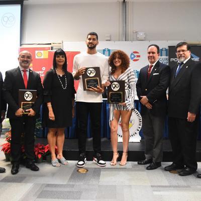 Premian a estudiantes-atletas de la LAI