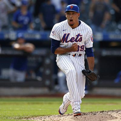 Los Mets superan a los Azulejos en el debut de Hill