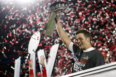 Brady y los Bucs retienen al núcleo del equipo campeón