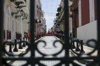 Manifestante encuentra cartera en el Viejo San Juan y la devuelve intacta