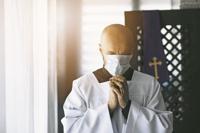 Iglesias preparan sus protocolos de reapertura
