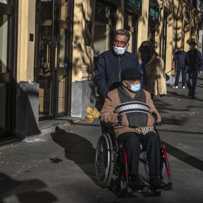 España se apresta a vacunar en hogares de ancianos