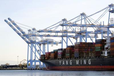 EEUU: Déficit comercial alcanza récord de $74,400 millones