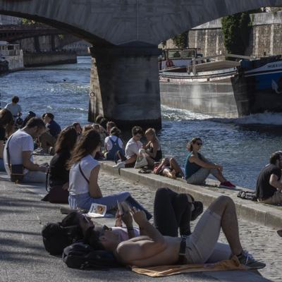 Francia reporta 3,000 casos de Covid-19 en un día
