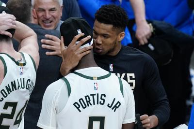 """Los Bucks van """"día a día"""" con Giannis Antetokounmpo de cara a la final de la NBA"""