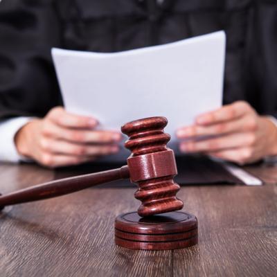 Sentencian a 18 meses de probatoria a exayudante de Keleher