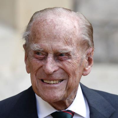 Trasladan al príncipe Felipe a otro hospital de Londres