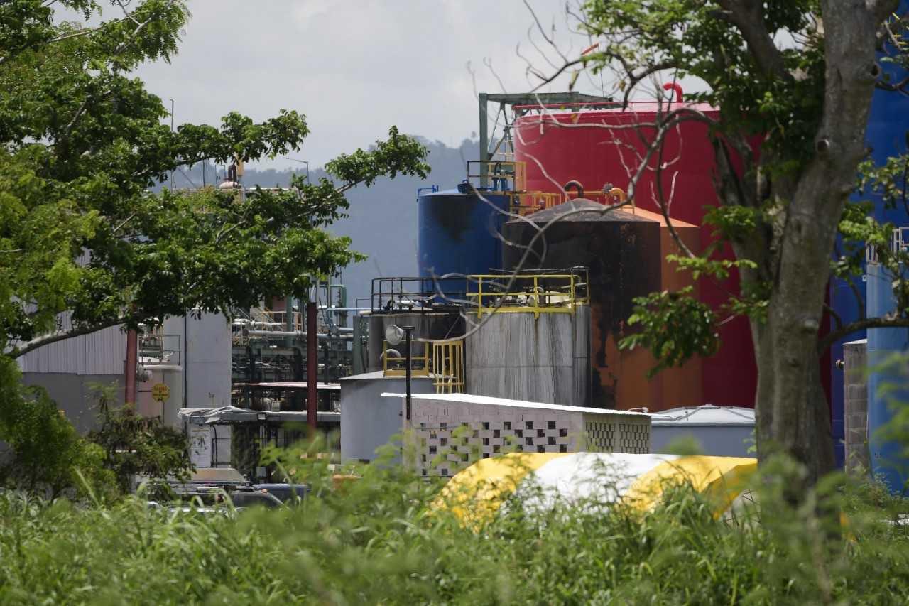 Identifican heridos por explosión en petroquímica en Yabucoa