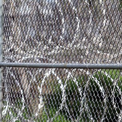 Le propinan golpiza a dos confinados en la cárcel Sabana Hoyos