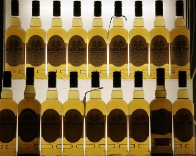 Estados Unidos suspende aranceles al whisky escocés