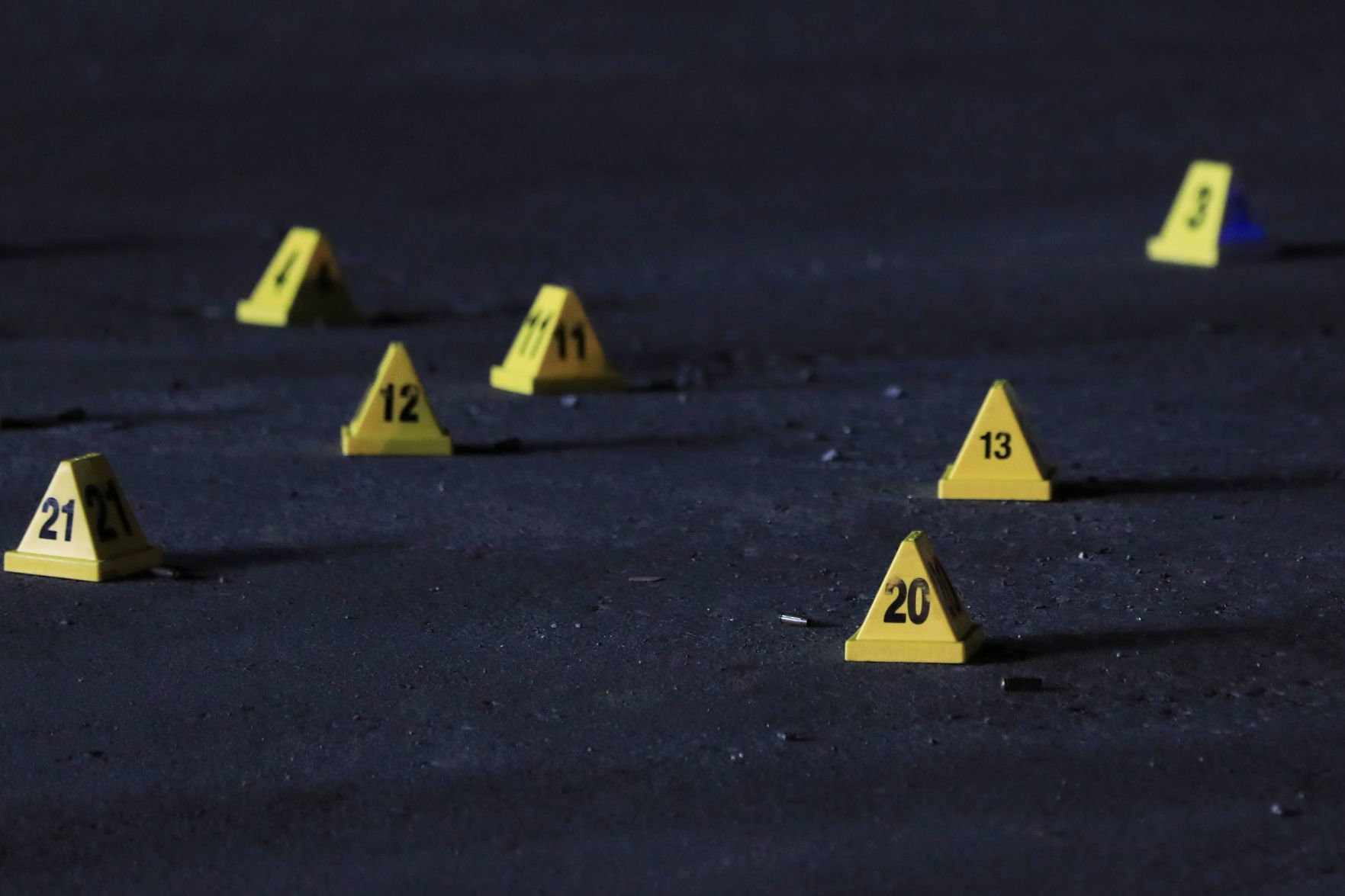 Doble asesinato y un herido de bala en Carolina