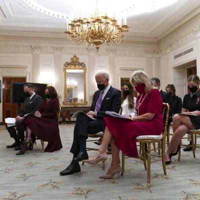 Cambios en Casa Blanca: Mascarillas y distanciamiento